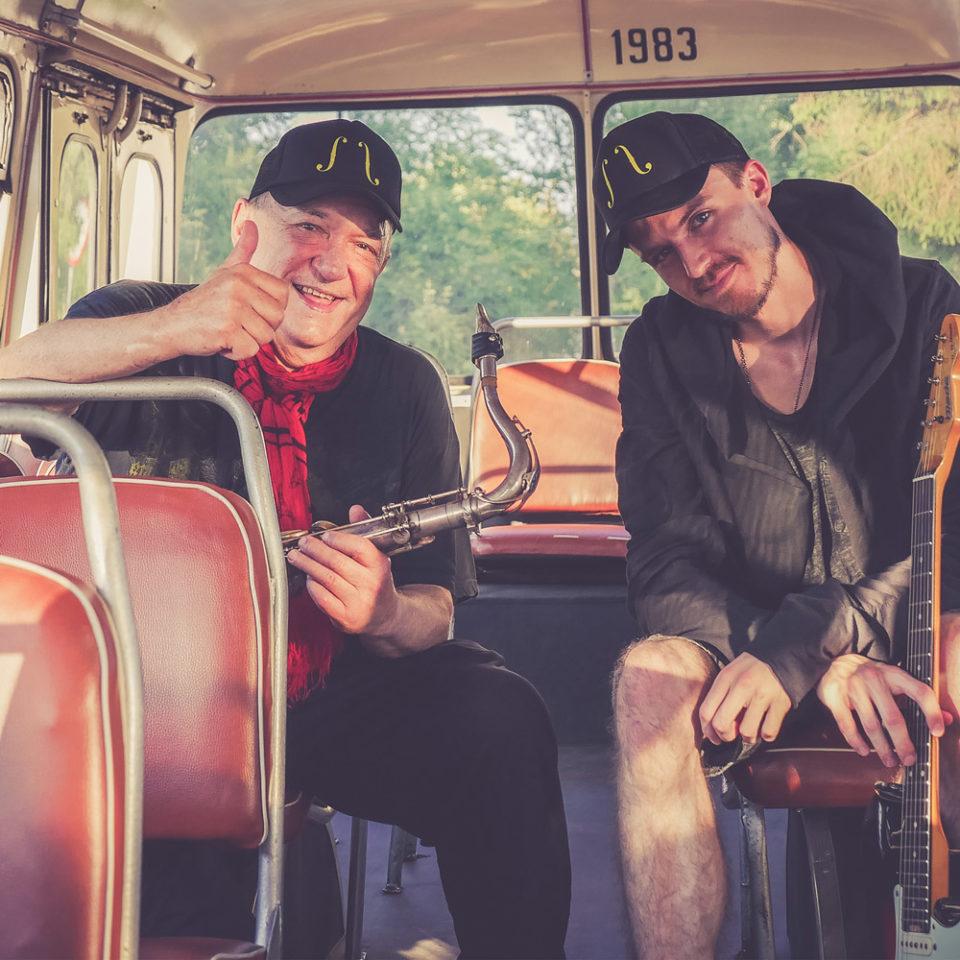 michal-urbaniak-stellarnotes-red-bus-for-warsaw-with-love-płyta-cd-dedykacja-autograf-autobus